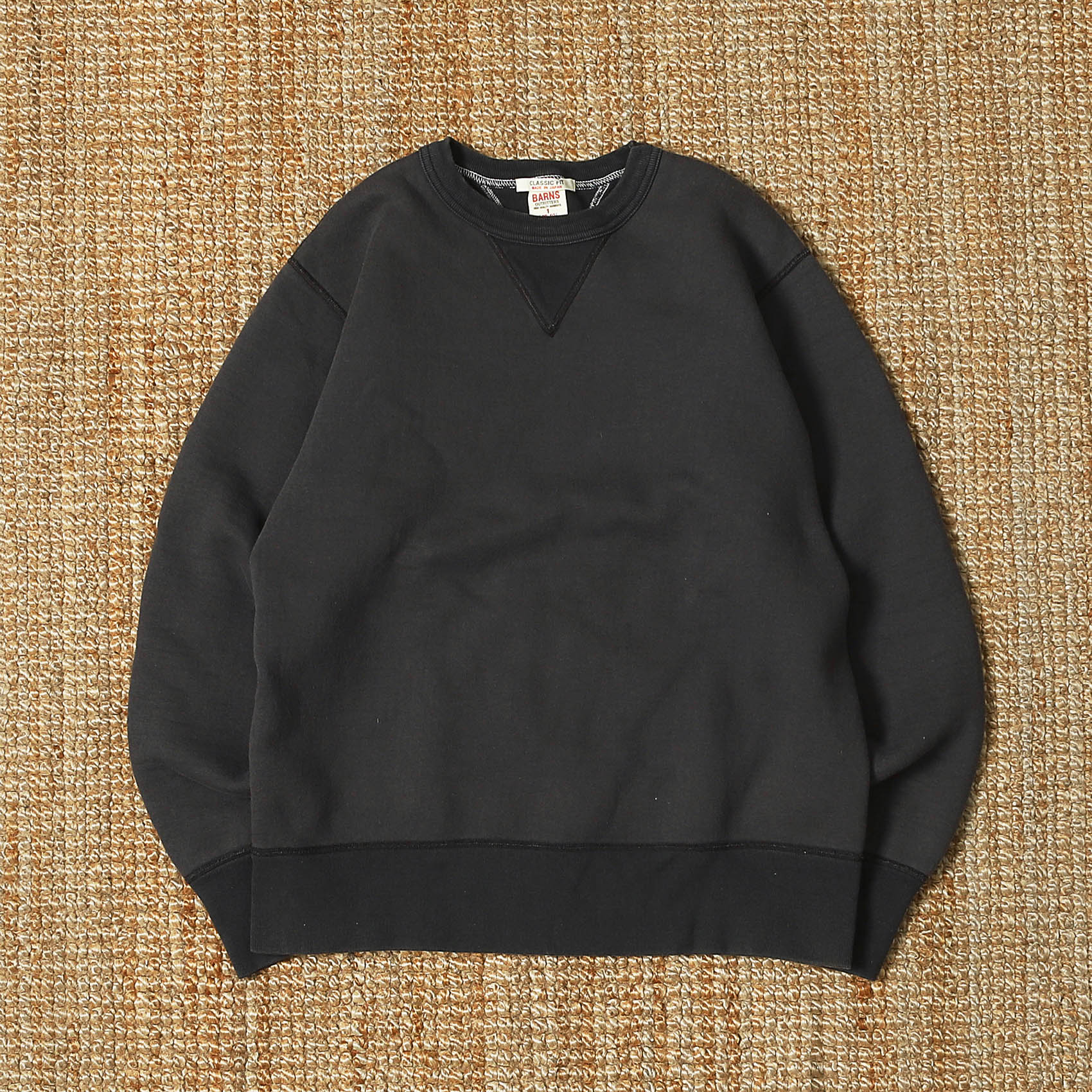 BARNS OUTFITTERS GUSSET CREW SWEATSHIRTS - BLACK (BR3000)