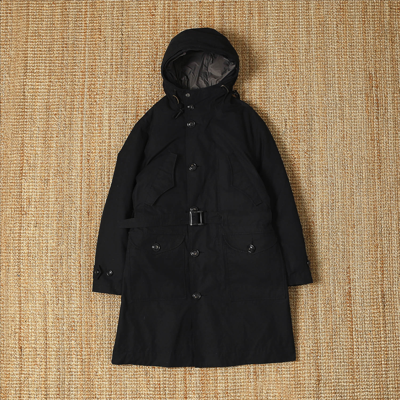 EASTLOGUE CHANGJIN BATTLE PARKA - BLACK